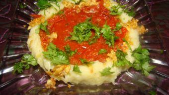 Mashed Potato with Tomato Sauce Recipe
