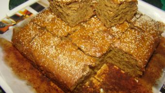Eggless Banana & Jaggery Cake Recipe