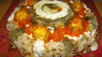 Soft Rice,Mung Bean with Curd & Chicken Meatballs Recipe